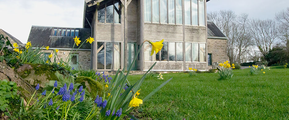 MC-home-banner-image-daffs-1